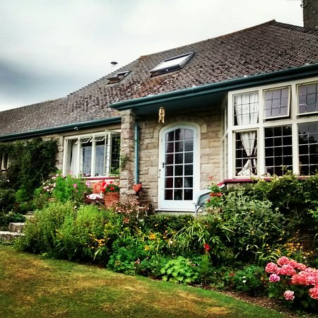 Isle of Purbeck, UK: April Cottage & Lapland Lodge