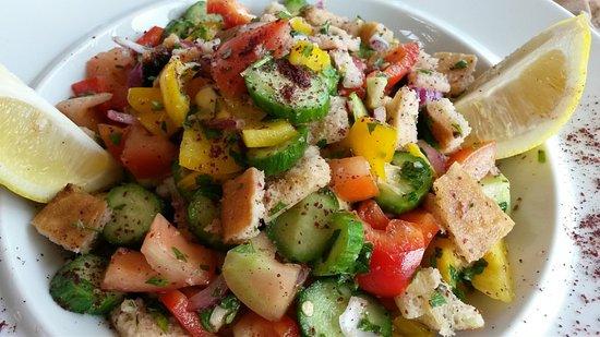 Jerusalem Hotel: fattoush salad