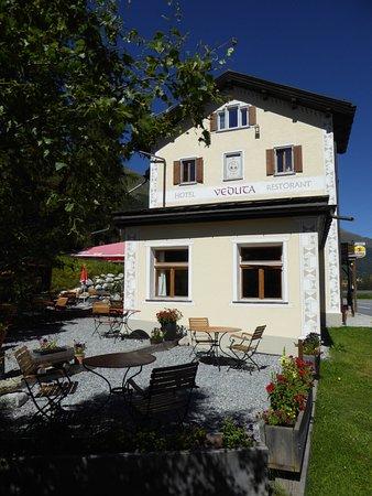 Cinuos-Chel, Switzerland: Le devant de l'une des maisons.