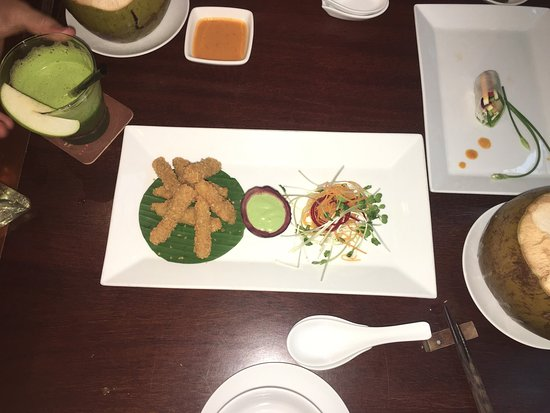 Hum Vegetarian Cafe & Restaurant : photo1.jpg