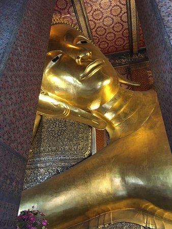 臥佛寺裡必參觀的臥佛