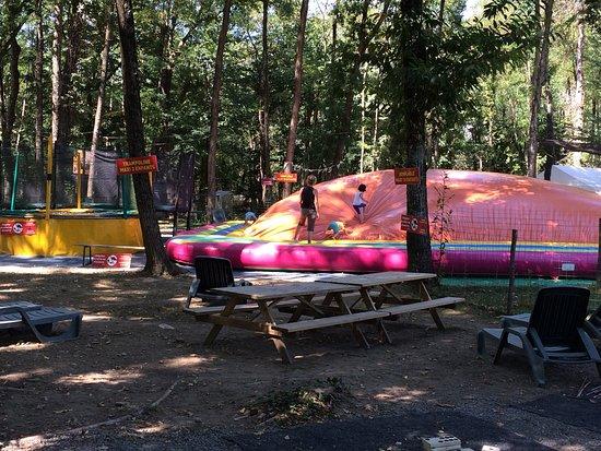 Grospierres, France: Bois des jeux