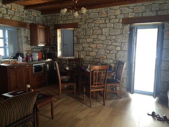 Εn Plo Luxury Suites Photo