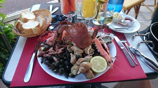 Ouistreham, Francia: Assiette de fruits de mer (1 personne)