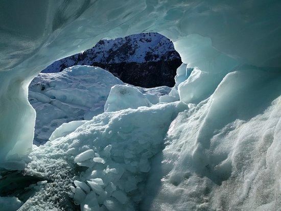 Ледник Фокса, Новая Зеландия: Inside the Cave