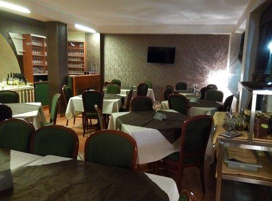 Gravina di Catania, Italia: la nostra sala interna