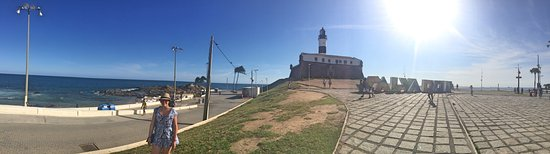 Farol da Barra Beach: Panorâmica do Farol