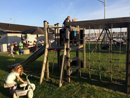 Aabenraa, Dinamarca: Børn leger
