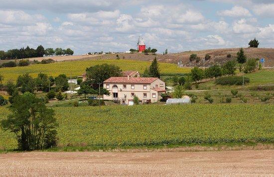 Nailloux, França: Son environnement