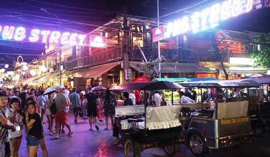 neon night life of Siem Reap