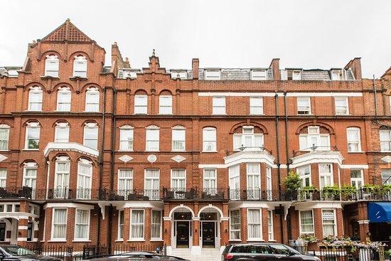 Presidential Apartments Kensington: Building