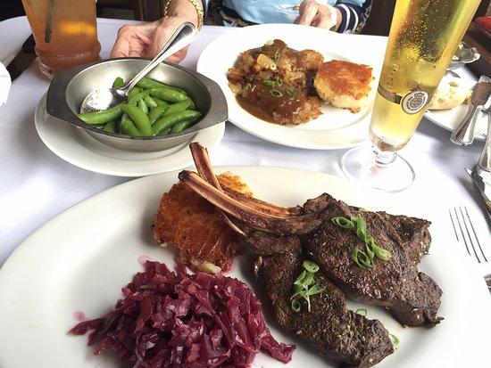 Melbourne Beach, FL: Dinner for two.