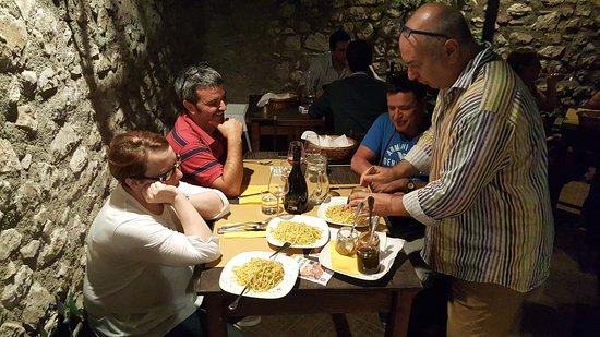 more photos da2d0 1b4b2 Fabio Stivali...sempre sul pezzo - Picture of Il Giardino ...