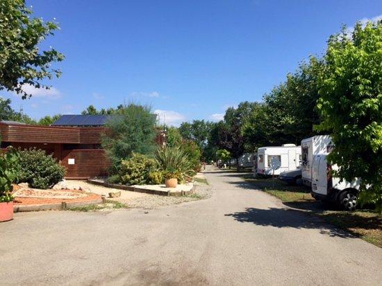Camping de Rupé : Vista interior del camping