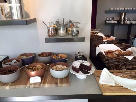 Hotel OTTO: The breakfast spread