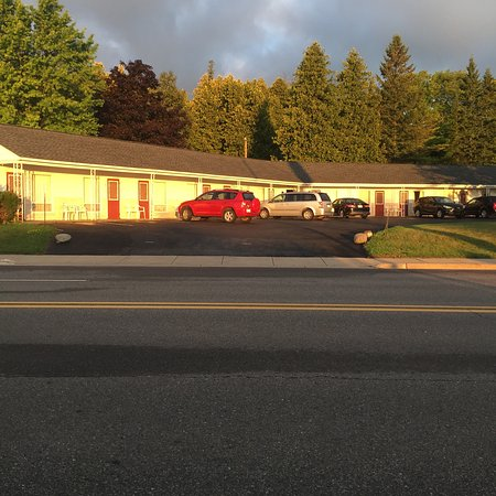Vitek's Motel: photo1.jpg