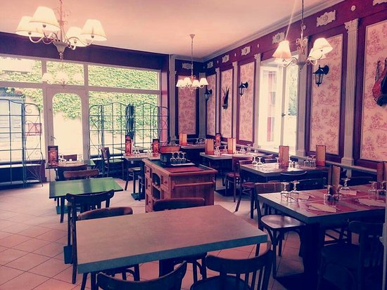 Montrevel-en-Bresse, France : Restaurant Caruso