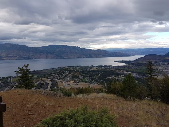 West Kelowna, Canada: One of the views from the top