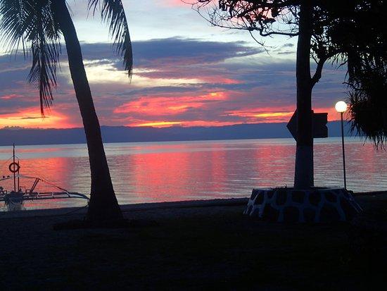 Balicasag Island, Φιλιππίνες: sunset view