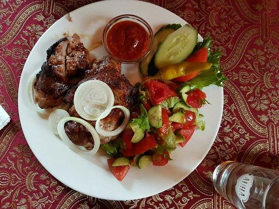 Азербайджанский ресторан с элементами европейской кухни