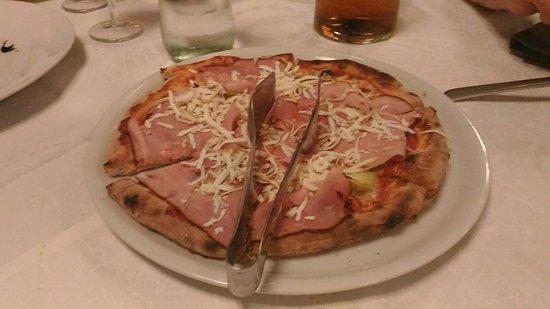 Oderzo, Italia: P_20160827_204032_large.jpg