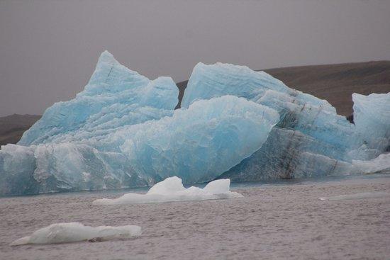 I love blue icebergs!