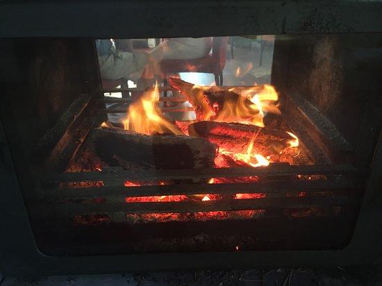 Mount Tamborine, Australien: Wood Fire