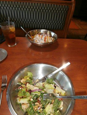 Eureka, MO : Bonanza Steak & BBQ salad