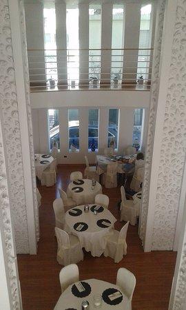 Luxor Hotel Rimini: Sala da pranzo vista dal piano Reception