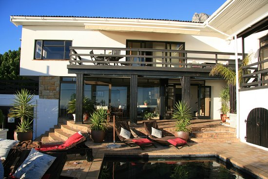 51 On Camps Bay Guesthouse: der Pollbereich