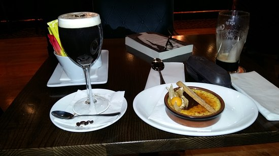Ballincollig, Irlande : yummy pudding and Irish coffee