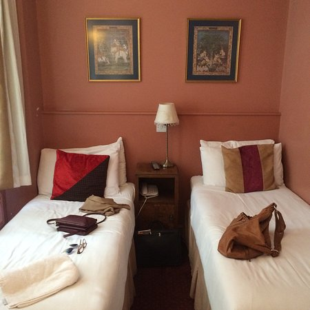Castleton Hotel: photo0.jpg