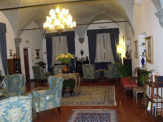 Hotel Rivoli: Один и залов для отдыха и приятнойбеседы.