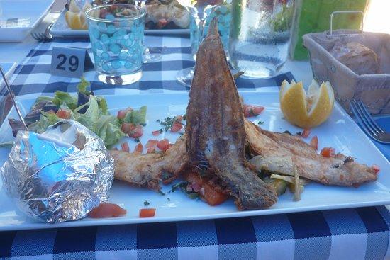 Le Verdon Sur Mer, Prancis: assiette de céteaux