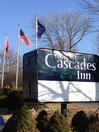 ‪‪Bloomington‬, ‪Indiana‬: Cascades Inn close to all IU and Bloomington amenities‬