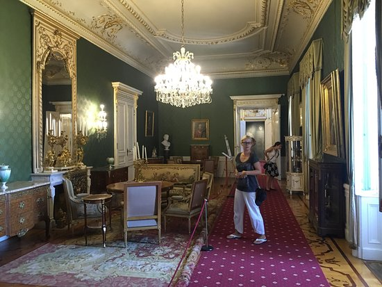 Keszthely, Hongaria: Дворец Фештетича