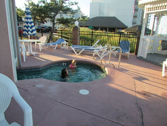 Boardwalk Plaza Hotel Photo