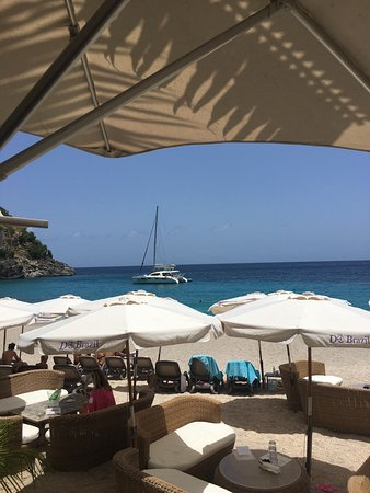 Oyster Pond, St. Maarten: The Seaduction awaits as we finish lunch.