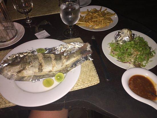 Tartaruga Hotel & Beach Restaurant: Lekker visje van de BBQ