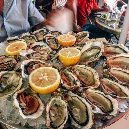 Brasseries Georges: oysters