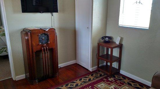 Tucumcari, NM: The Lillian Redmon Suite