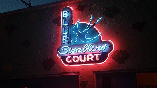 Blue Swallow Motel Resmi