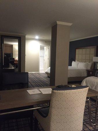 Adolphus Hotel: Adolphus double king room