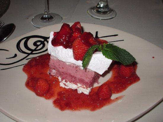 Issigeac, Frankrig: Strawberry parfait