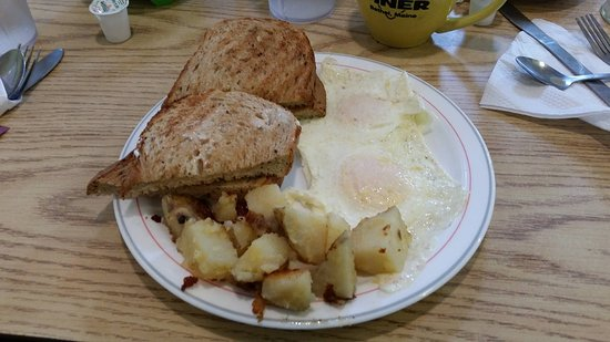 Bethel, ME : Eggs, rye toast, and home fries.
