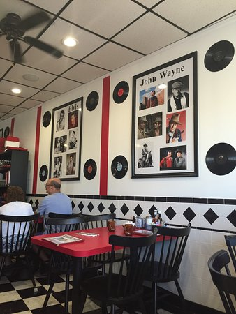 Doo wop diner some of the restaurants 50s decor
