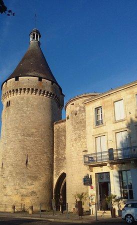 La Tour du Vieux Port: vue de la chambre 1 avec balcon