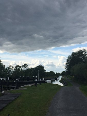 Grand Canal Adventures: Hire a bike! Spend a couple of hours enjoying the inland waterways. Grand Canal, Daingean - Tull