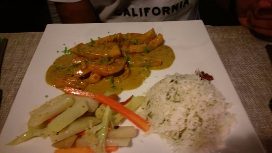 Tamarin: Calamari Curry -
