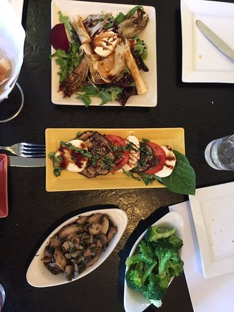 Los Altos, Καλιφόρνια: Appetizer salads are very good